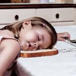 Cosa è meglio dare ai bambini per la prima colazione? caffè, tè, caffè d'orzo o caffè di cicoria?