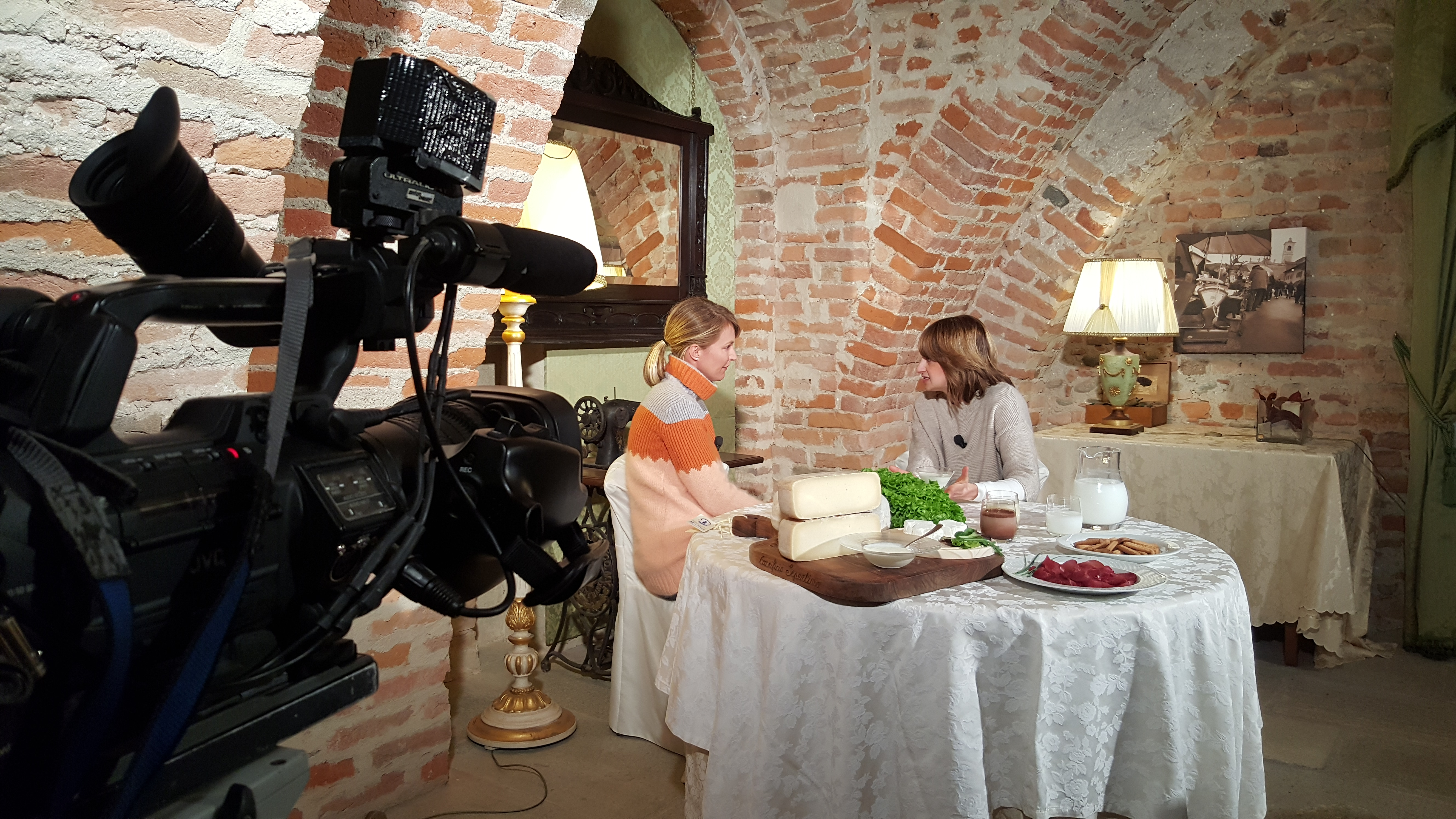 Intervista con Ellen Hidding latte d'asina Mela Verde canale 5