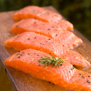 E' concesso il salmone affumicato in gravidanza? Meglio evitarlo