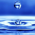 Bere tanta acqua fa sempre così bene?