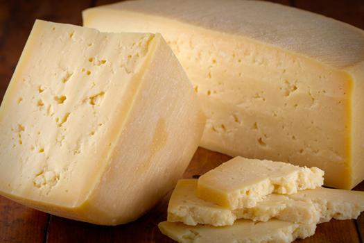 """Sì al formaggio stagionato, alza il colesterolo """"buono"""""""