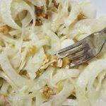 Come arricchire nutrizionalmente l'insalata di finocchi